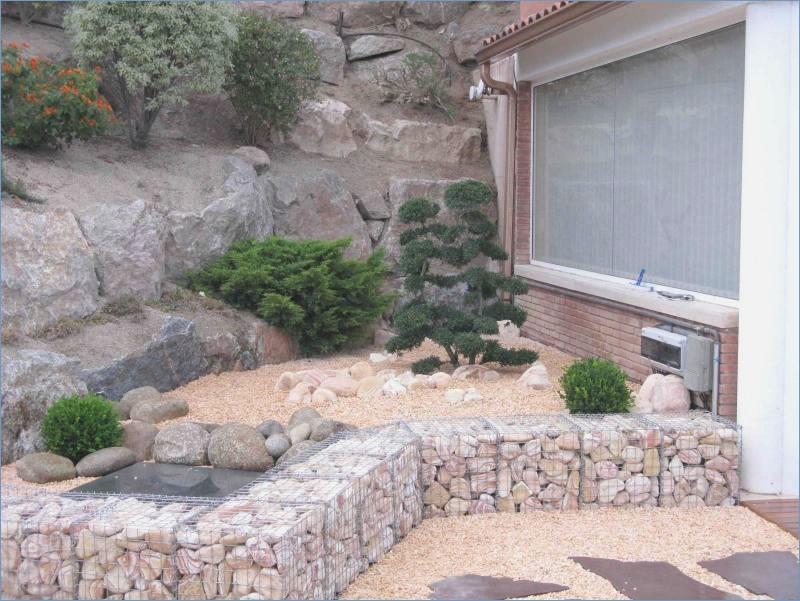 amenagement jardin avec graviers