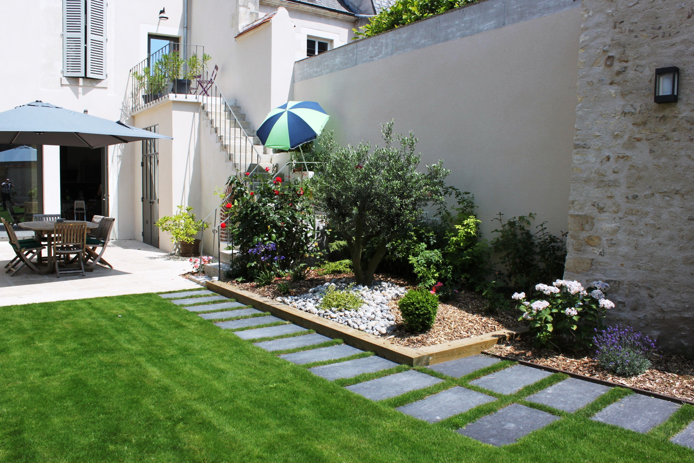 amenagement jardin carre