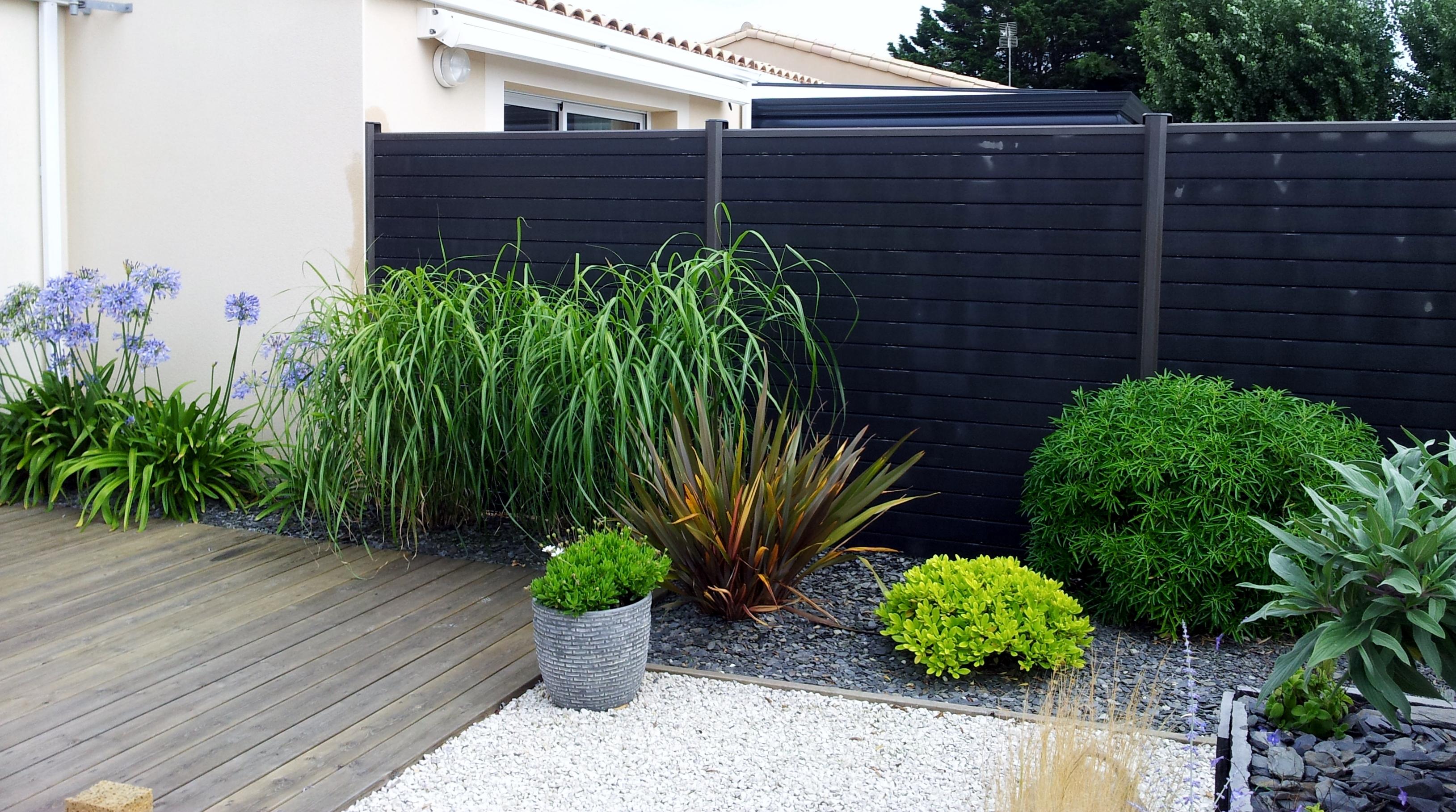 amenagement jardin cloture bois. Black Bedroom Furniture Sets. Home Design Ideas