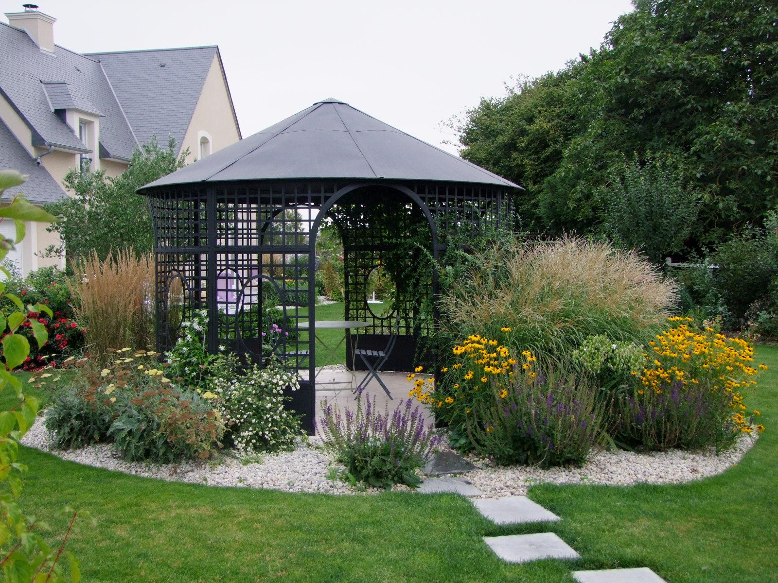 Amenagement jardin gloriette - Gloriette de jardin en fer forge ...