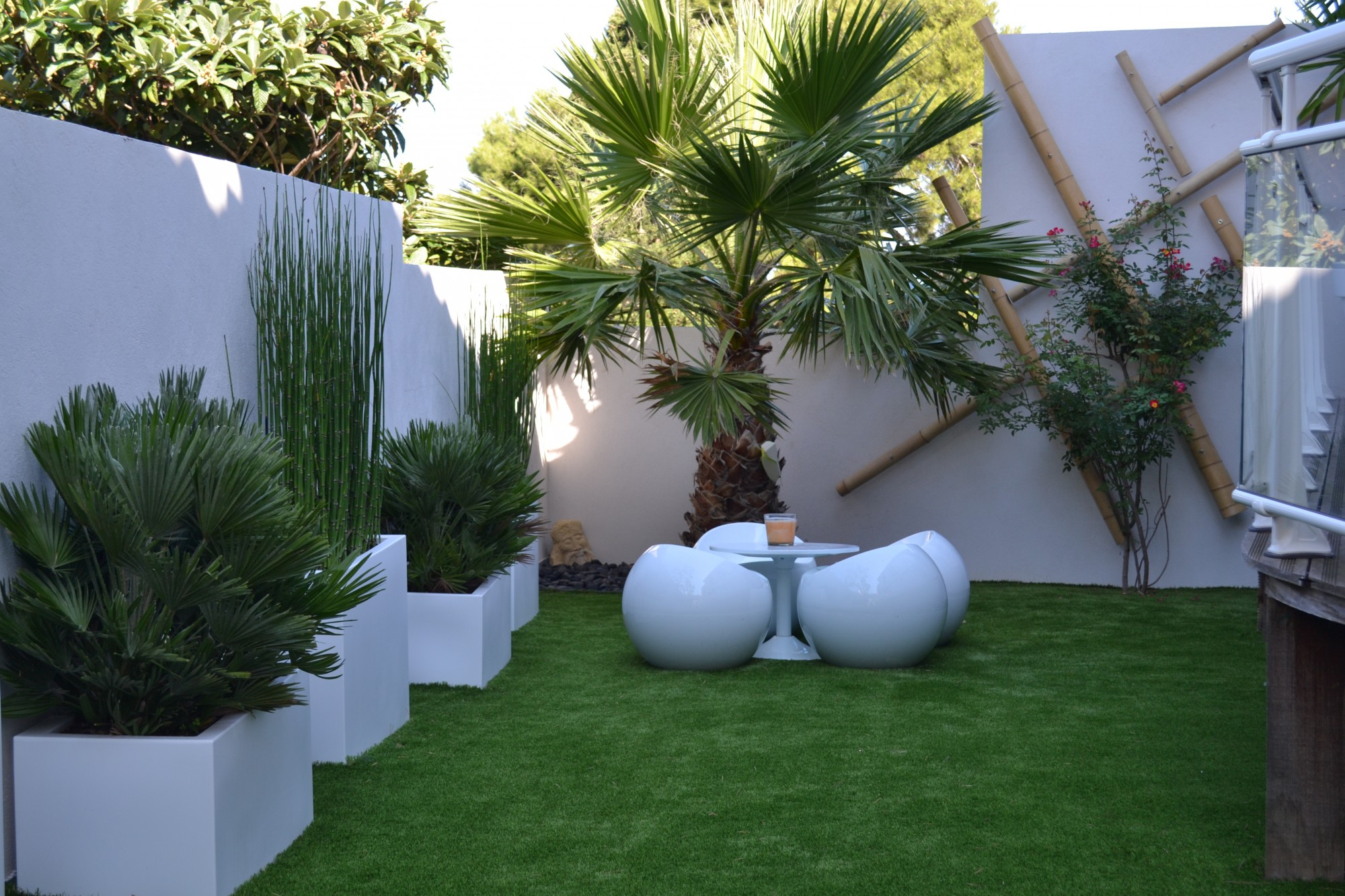 amenagement jardin le long d'un mur