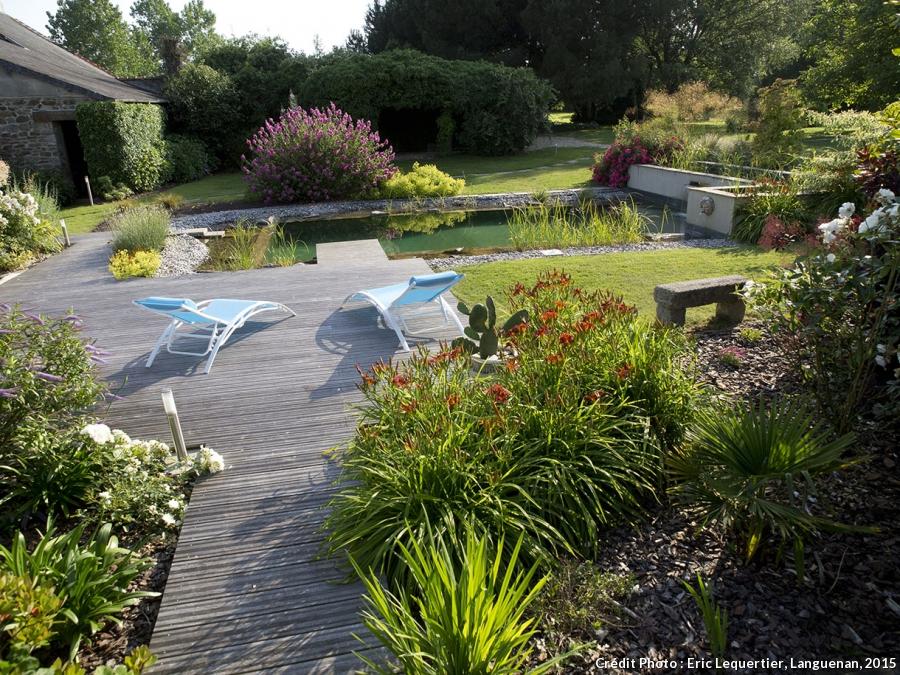 amenagement jardin terrain en pente. Black Bedroom Furniture Sets. Home Design Ideas