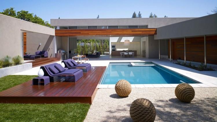decoration exterieur autour d'une piscine