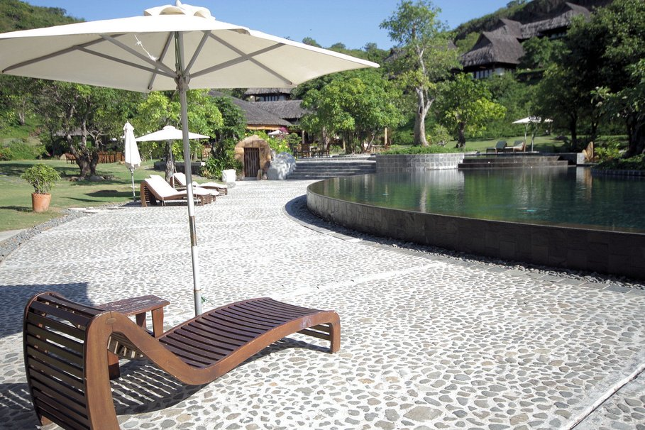 Decoration exterieur autour d 39 une piscine - Deco jardin bois exterieur ...