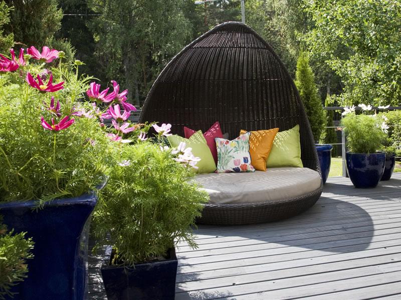 decoration exterieur de jardin jardinieres et pots