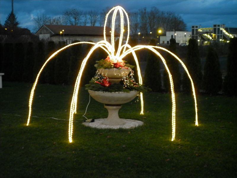 Decoration exterieur de noel a fabriquer - Decoration de jardin a fabriquer ...
