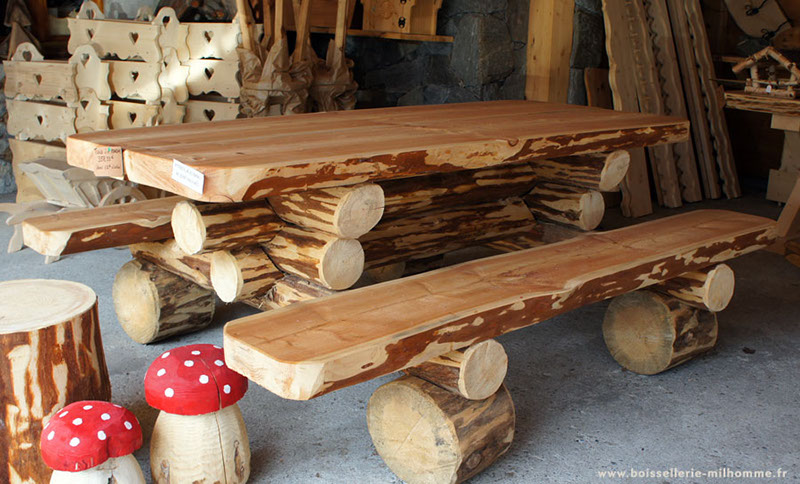 decoration exterieur en rondin de bois