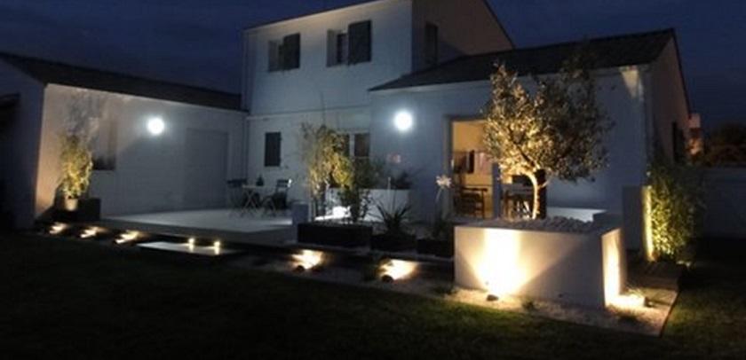 decoration exterieur lumiere. Black Bedroom Furniture Sets. Home Design Ideas