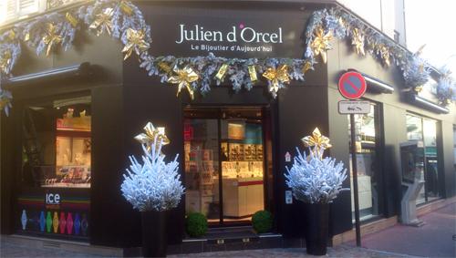 Idee jardin graviers galets decoratifs - Decoration de noel pour magasin ...