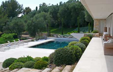 Decoration jardin autour d 39 une piscine - Amenagement autour d une piscine ...