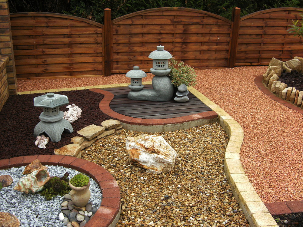 decoration jardin exterieur poterie. Black Bedroom Furniture Sets. Home Design Ideas