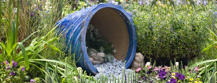 Decoration jardin exterieur poterie - Deco jardin bois exterieur ...