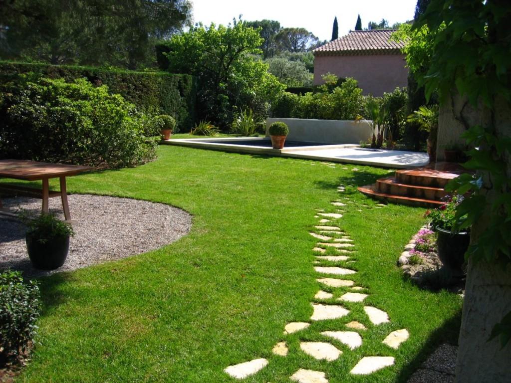 Decoration jardin facile - Decoration allee de jardin ...