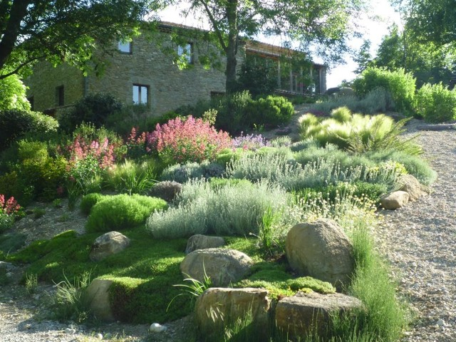 decoration jardin mediterraneen