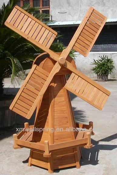 decoration jardin moulin en bois